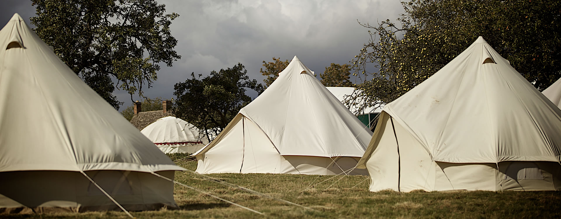 full-width-bell-tent-1 & Luxury Bell Tent Accommodation hire for parties festivals ...