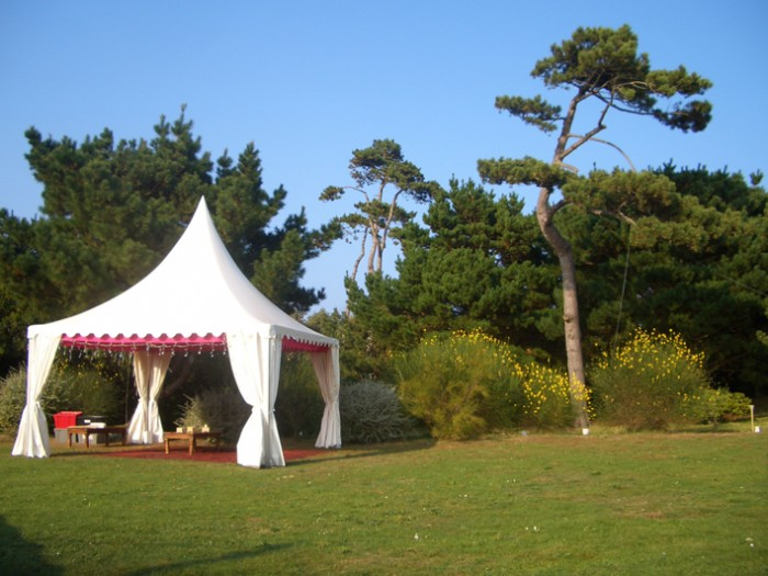 slider-top-hat-tent-7